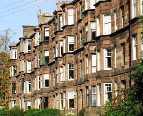 landlord gives notice to tenants on benefits