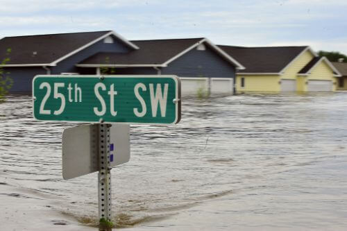 what are my tenant rights in case of a flooding