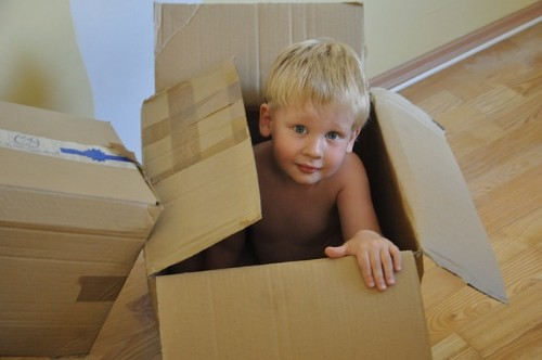 child-in-moxing-box